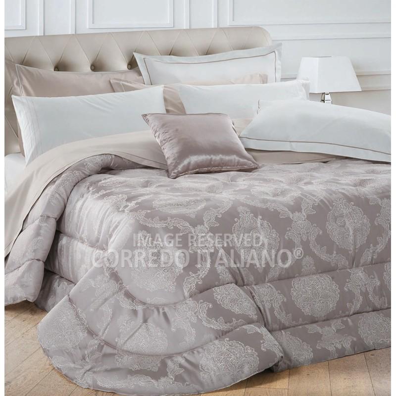 Bordeaux - queen size bed comforter 270x270 cm